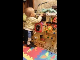 Развивающая доска - бизи борд - для моего сыночка