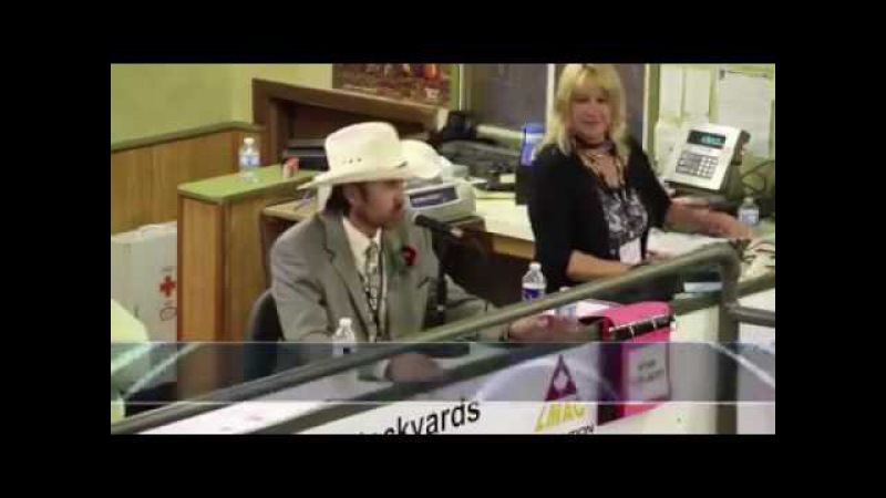 Auctioneers rap fire to beats (compilation)