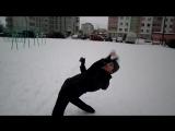 Жонглёр АНТИХИЩНИК тренерует новый трюк