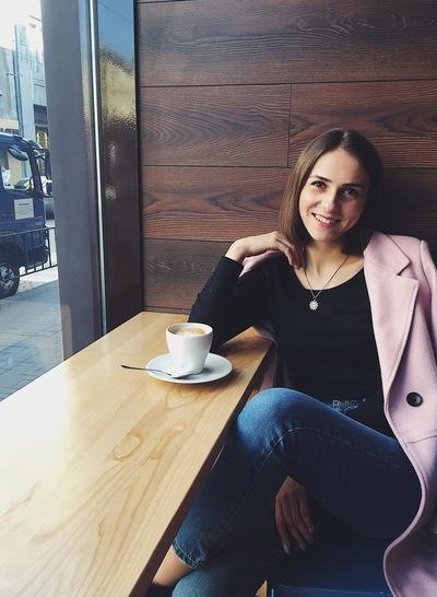 Аня Кочетова