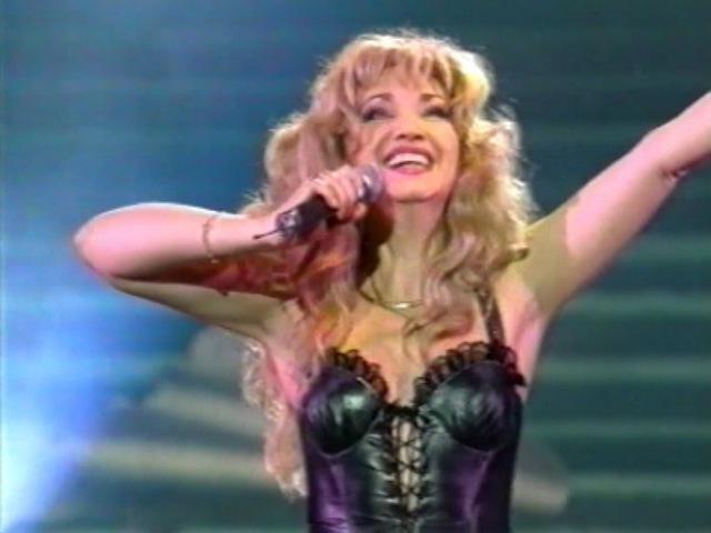 Ирина АЛЛЕГРОВА, МЕДОВЫЙ МЕСЯЦ, Шоу-программа Я тучи разведу руками, 1996