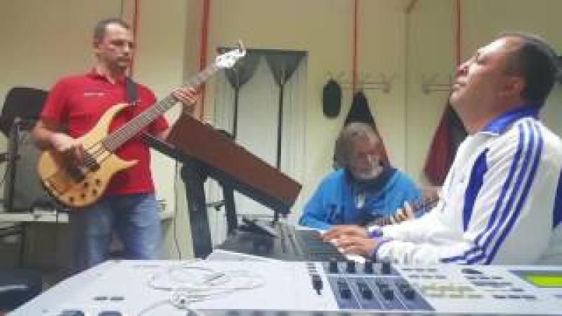SochiBand Varuj Bala cover, репетиция, тестируем клавиатуру Korg PA4X для сольных партий.