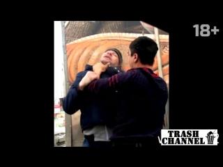 Драка гопника и таджика