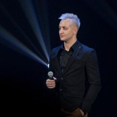 Артем Самаковский