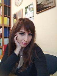 Оля Писаренко