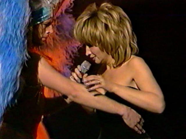 Ирина АЛЛЕГРОВА, ОБАЛДЕННЫЕ ГЛАЗА, Шоу-программа Всё сначала, Санкт-Петербург, 2001