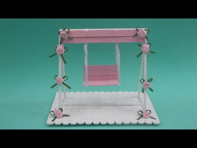 Faça você mesma: balanço em miniatura feito com palitos