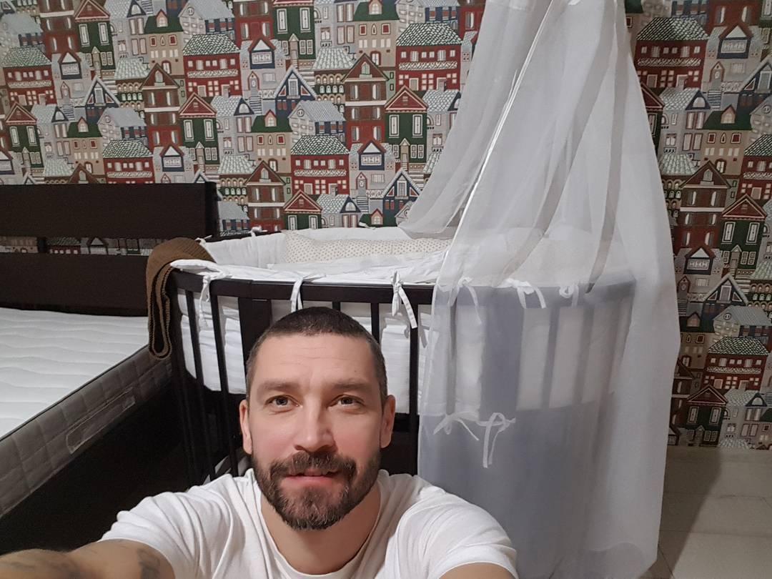 Владимир Кристовский стал отцом в 5-й раз