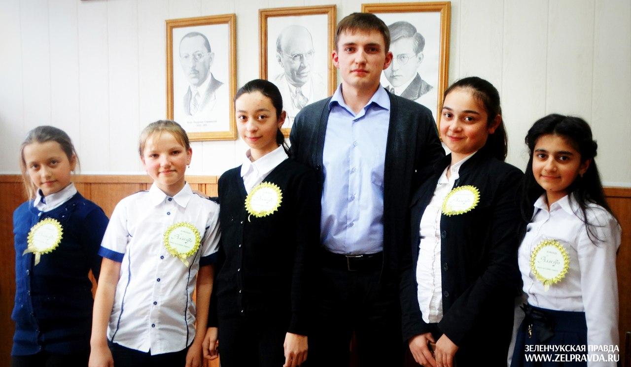 Команда ДШИ «Орфей» из станицы Сторожевой стала победителем первого тура Республиканской музыкально-теоретической олимпиады