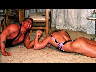 Denise Rutkowski vs Carl - Real Mixed Armwrestling - Sexy Female Muscle Show