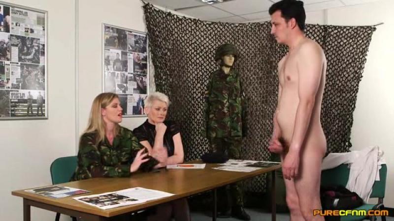 Парнуха в военкомате смотреть онлайн