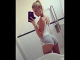 Сучка разглядывает свой зад в туалете (Girls Teen Boobs Tits Секс Порно Попка Сиськи Грудь Голая Эротика Трусики Ass Соски 1080)