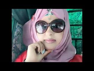 pakistani girl apni boy friend ko phone pa chudai ka taraqa sakta hva mza la rhi hy