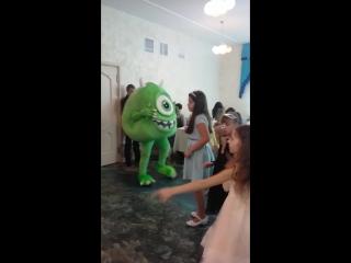 Корпорация Монстров Танец Салли