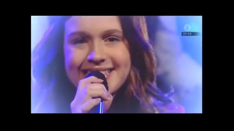 Amy Diamond - När Vi Närmar Oss Jul @ Nyhetsmorgon 2008