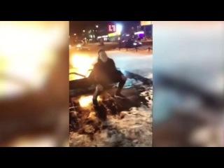 Студенты устроили танцы у Вечного огня под хит Татарки