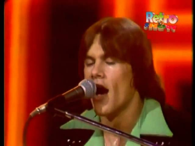 KC The Sunshine Band - That's the way (I like it) (retro video with edited music) HQ