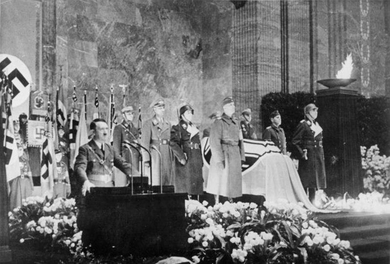 Похороны Фрица Тодта - Когда противник ни при чём | Warspot.ru