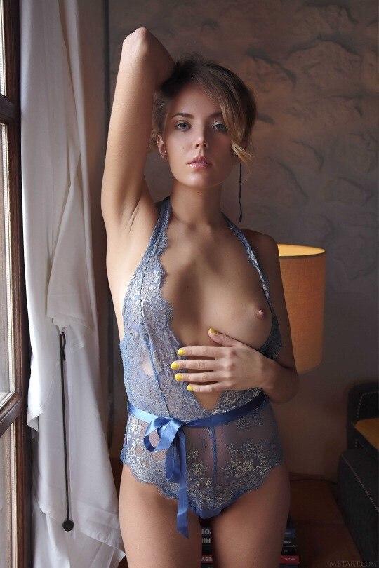 Hotel chevalier nude videos