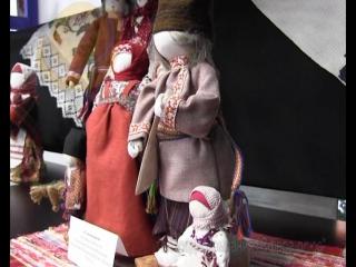"""В Чайковском  состоялись  выставка тряпичной куклы """"Куклодельница"""" и фестиваль вязаного граффити Тепло в Чайковском"""