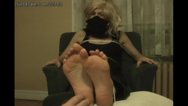 Pamela's Huge Soled Humiliation -- Tickling