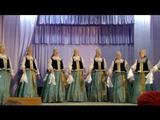 Сегодня в Лешуконском выступала группа Северного хора. Зрительный зал не смог вместить всех желающих.