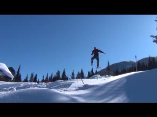 Прыжки на деревянных лыжах с трамплина