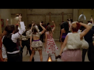 Glee - Let's Have a Kiki / Turkey Lurkey Time