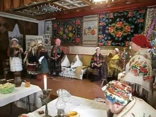 У рідному краї і серце співає - українські вечорниці в с.Петрушин