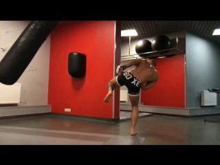 #kiev #boxing #kikboxing #fightball #rdx #sportlife KalitaThe  07.04.17