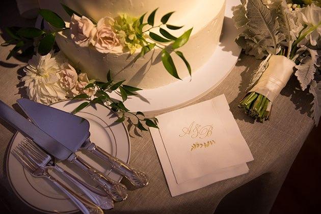 IQmJCXQeJco - Свадьба в лучах заката (25 фото)