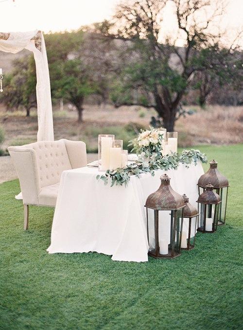 o0O4ojQq7Ik - Украшение стола молодоженов на свадьбе (6 фото)