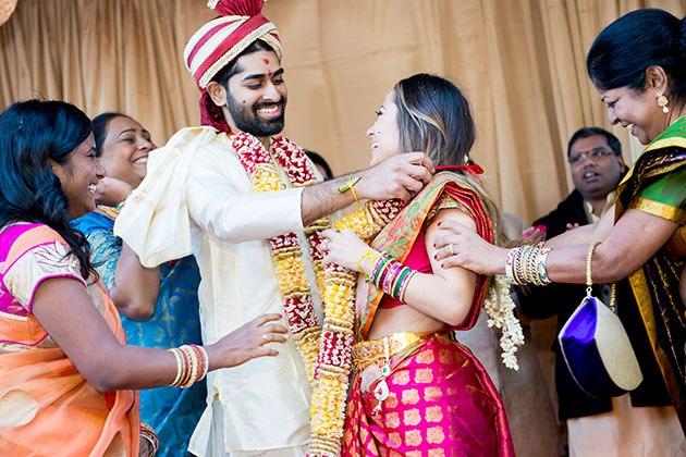 LegtFGZuKXw - Роль традиций в свадебной культуре Индии