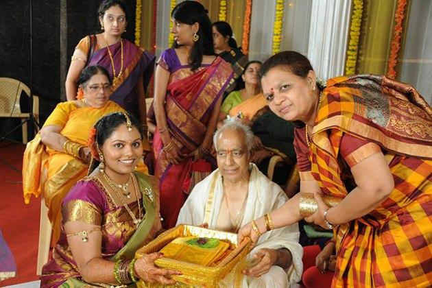 uTYy7dufQco - Роль традиций в свадебной культуре Индии