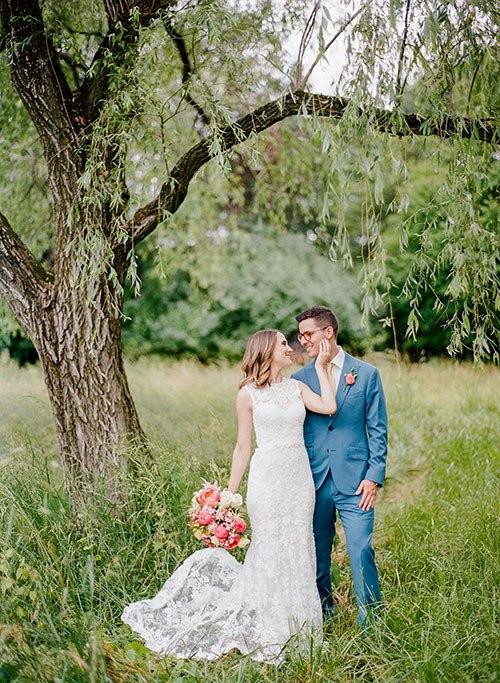 Ym6aV5SY8Zo - Свадьба, согретая июньским солнцем (45 фото)