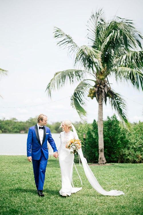 Свадьба на берегу моря (23 фото)