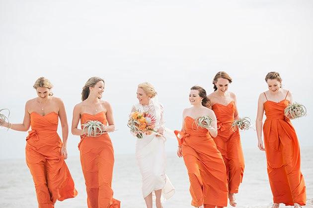 NP V0JfSqmE - Свадьба на берегу моря (23 фото)