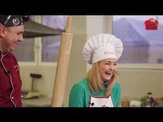 ★ Юленька учится готовить: Две пиццы ★