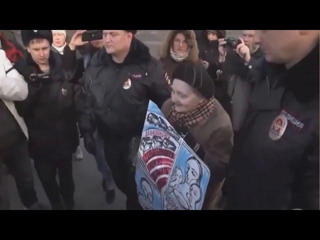 Задержание 85-тилетней бабушки, вышедшей в поддержку дальнобойщиков. Питер