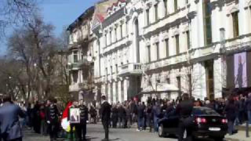 Одесситы провожают овациями в последний путь Сергея Олеха