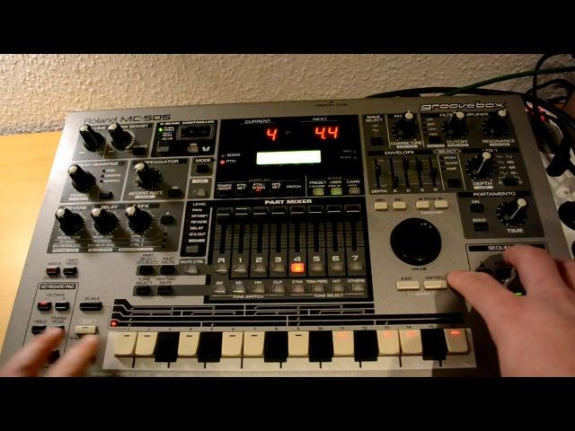 Roland MC-505 - building deep-house drums (workflow).