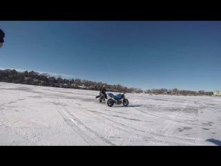 Трюк з мотоциклом