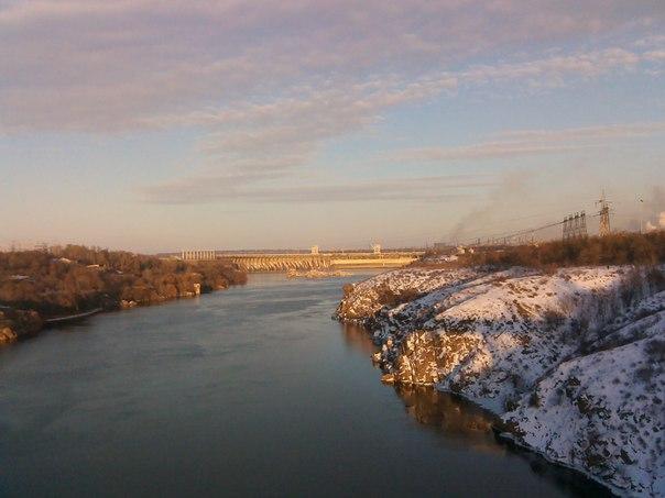 Запорожская Днепро ГЭС с острова Хортица