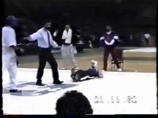 ЛЮБИТЕЛЬСКИЙ БОКС - Проигрыш Виталия Кличко на чемпионате мира по кикбоксингу 1992г.
