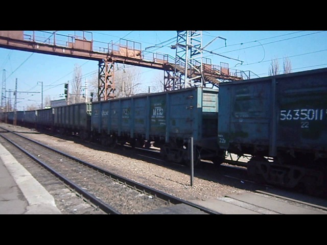 ВЛ11М-133 с грузовым поездом