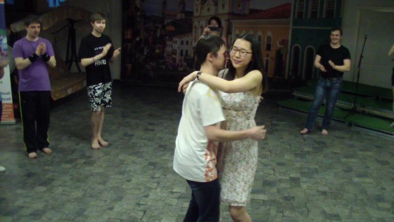 HDV_1122. Jana Zhang, прощальный парабенс.