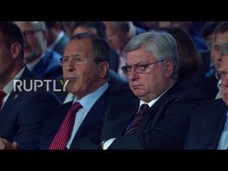 Россия: «Является ли США Банановая Республика?» Путин раскритиковал западный заявляет о российской угрозе.