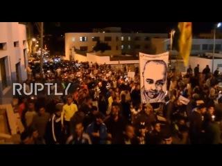 Марокко: Тысячи марта в продолжающихся протестов против смерти рыботорговец.