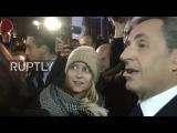 Франция: Протестующие кандидатов в президенты полиции моб за пределами Парижа дебатов.