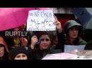 Аргентина: Десятки тысяч женщин протестуют после того, как со смертельным исходом изнасиловании подростка.